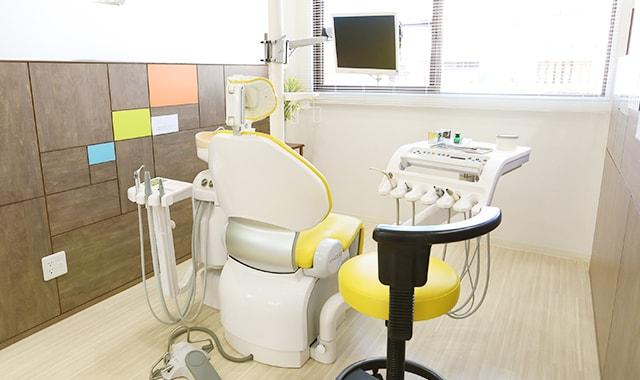 何でも気軽に相談して頂くためのプライバシーに配慮した診療室!!
